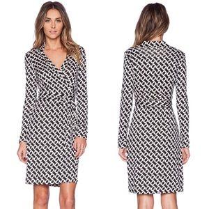 DVF New Jeanne Two Silk Wrap Dress Size 6
